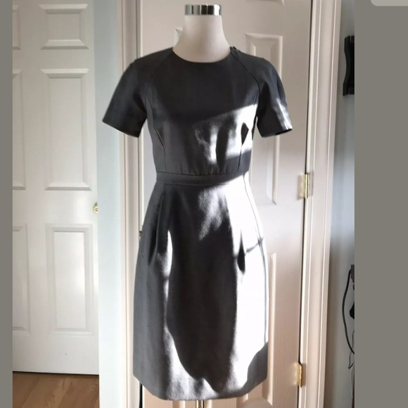 J. Crew Dresses & Skirts - EUC J. Crew Wool Zip Shoulder Dress - Black